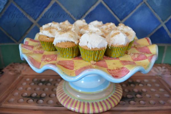 sandy beach cupcakes 2 thepaintedapron.com