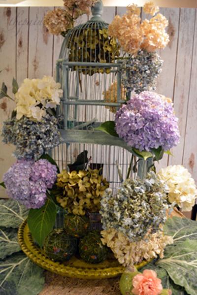 bloomin birdcage thepaintedapron.com