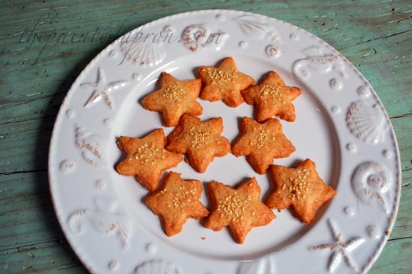 cheese straw stars thepaintedapron.com