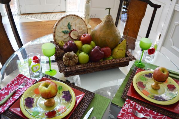 apple table 1 thepaintedapron.com