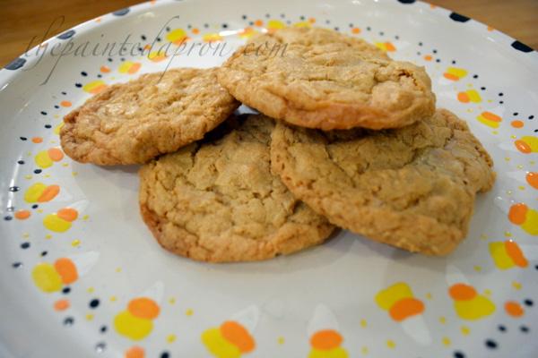 1-2-3 Peanut butter cookies thepaintedapron.com