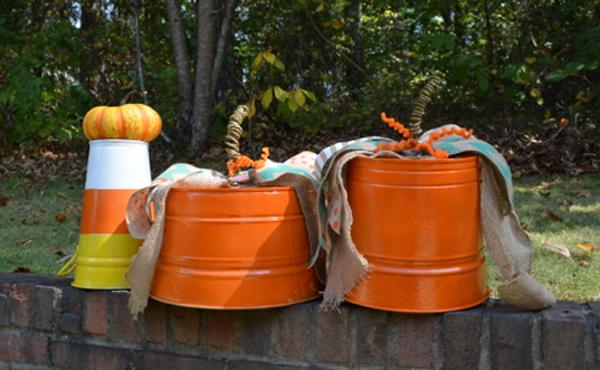 Halloween buckets thepaintedapron.com