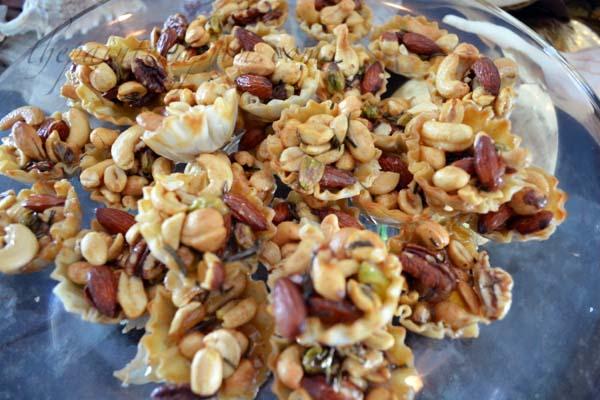 caramelized nut tartlettes