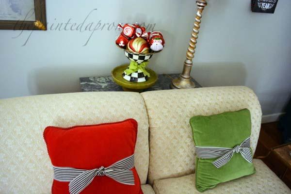 ribbon wrapped pillows