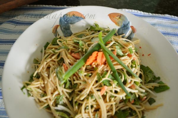 Asian salad with coconut dressing