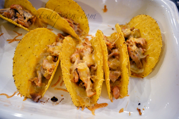 cheesy baked chicken tacos