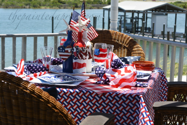 flag filled table