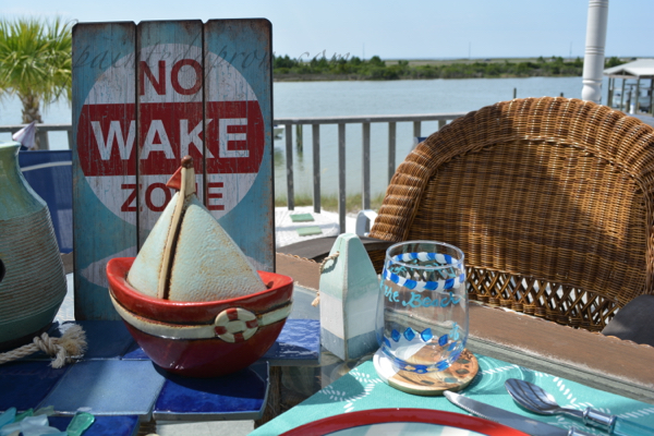 no wake zone centerpiece