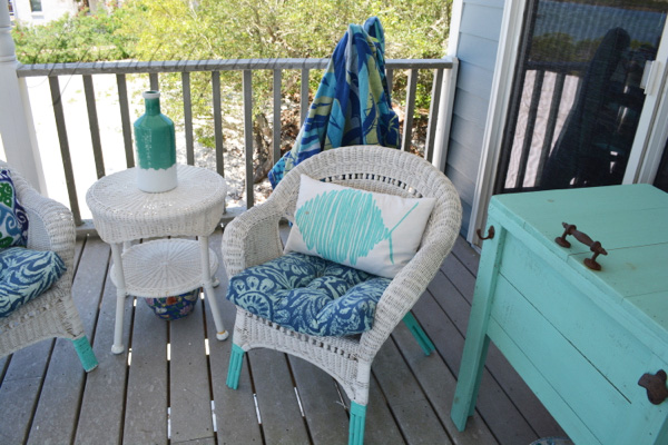 painted wicker chair legs