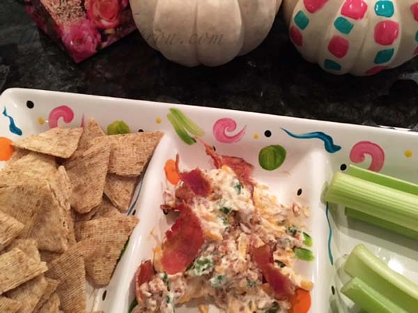sour-cream-chive-bacon-dip