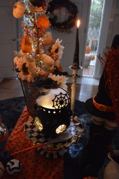 witch-hat-candle