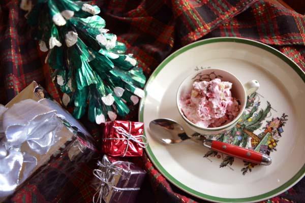 cranberry-white-chocolate-ice-cream