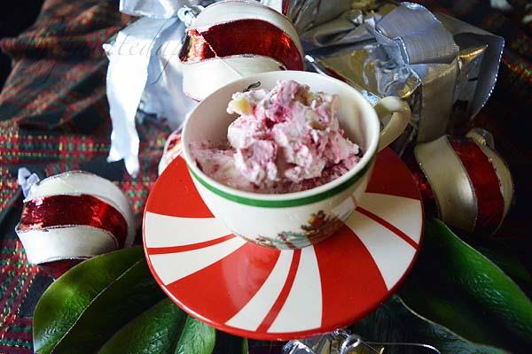 white-chocolate-cranberry-ice-cream-1