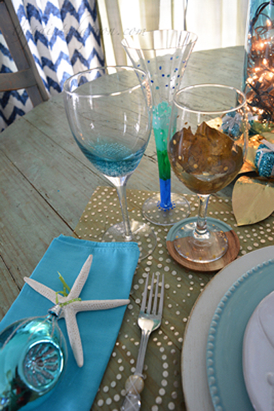 coastal-holiday-table-setting