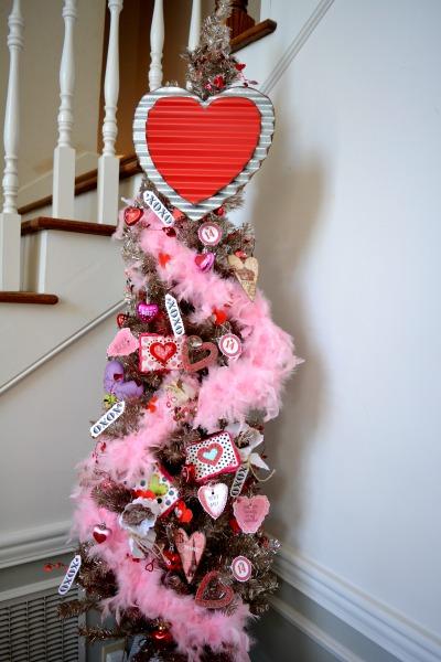 big-heart-valentine-tree-1