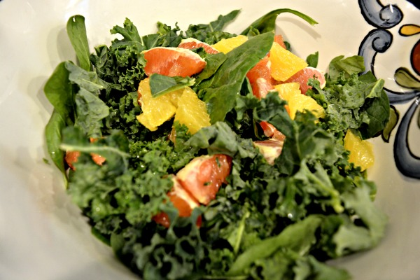 kale-spinach-citrus-salad