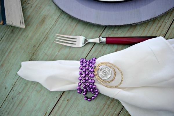 beads-and-jewelry-napkin-ring