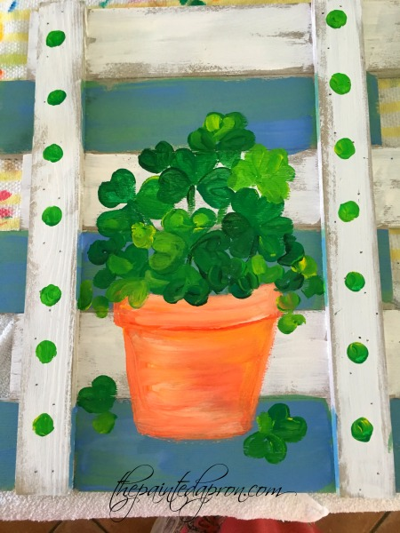 lucky-shamrock-pot