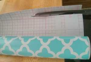 Get a straight line by using the grid on back
