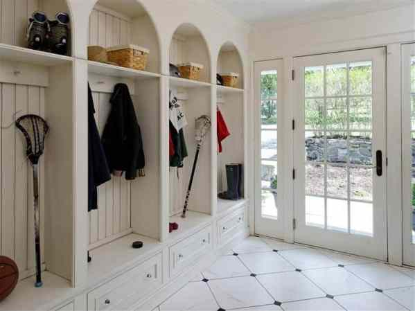 3 Tips to a Well Designed Entryway