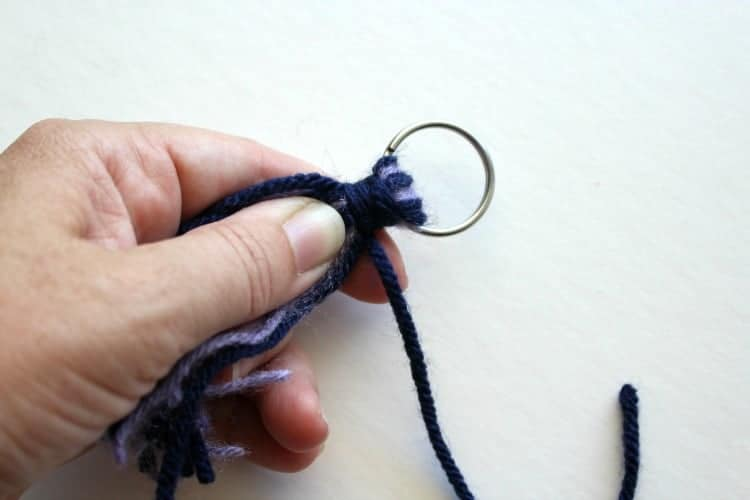 Tassel-finishing-knot