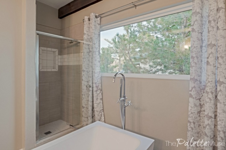 flip-house-bath-3