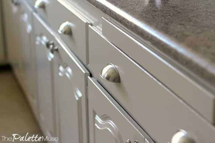 White painted kitchen cabinets with satin nickle drawer pulls