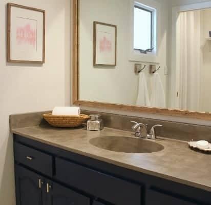 Guest Bath Slider