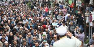 Germany: 10,000 expected at Muslim anti-terror march, 1,000 show up