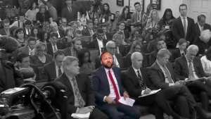SIGN! Petition started to put Alex Jones next to Jim Acosta in WH briefings