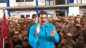 WATCH! Maduro trains to fight US Military