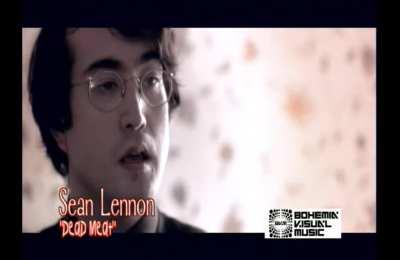 """John Lennon's son: """"The official media have lost their legitimacy"""" over Chinavirus"""