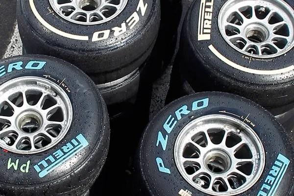 Pirelli wet dry tire c600