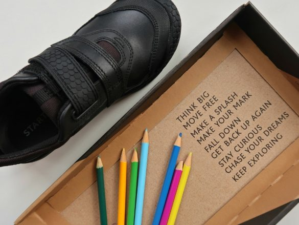 Start-rite school shoe with crayons