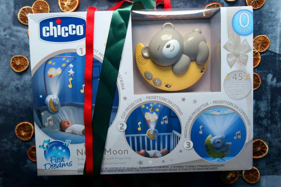 Childrens Christmas gift gide chicco