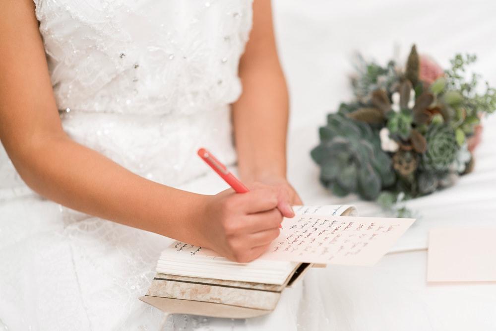 Eloping in Paris - Write wedding vows for Paris wedding ceremony