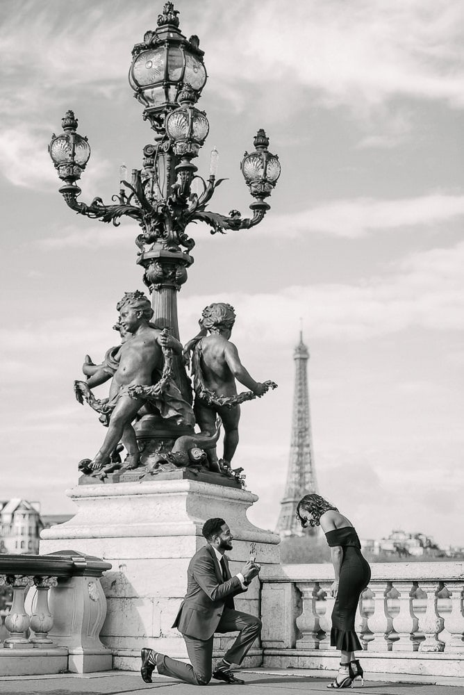 paris proposal ideas on alexander 3 bridge having the eiffel tower in the background