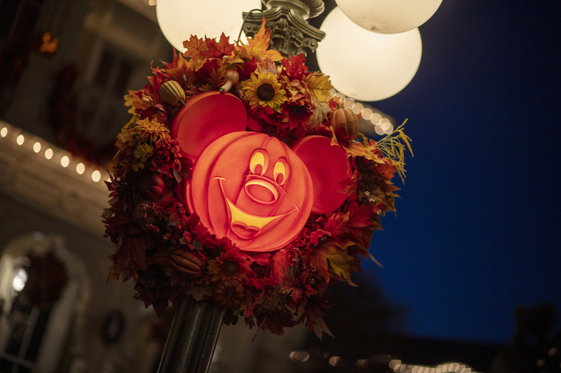 Daylight saving time happening on halloween means we all get an additional hour of celebrating to enjoy. Discount Magic Kingdom Boo Bash Tickets 2021 - Disney Halloween Tickets 2021