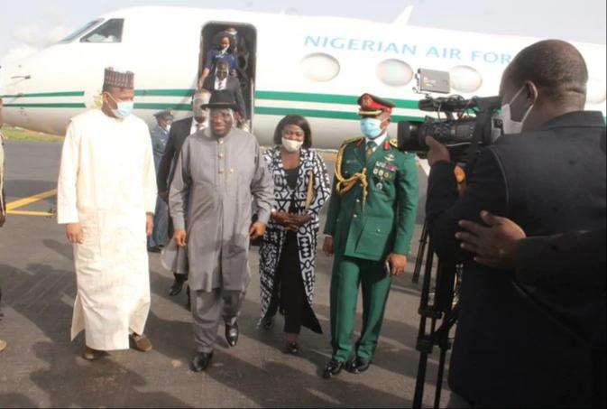 Amid Int'l Travel Ban, Ex President Jonathan Visits Mali