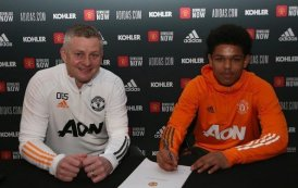 Nigeria-born Shoretire Signs First Contract with Man United