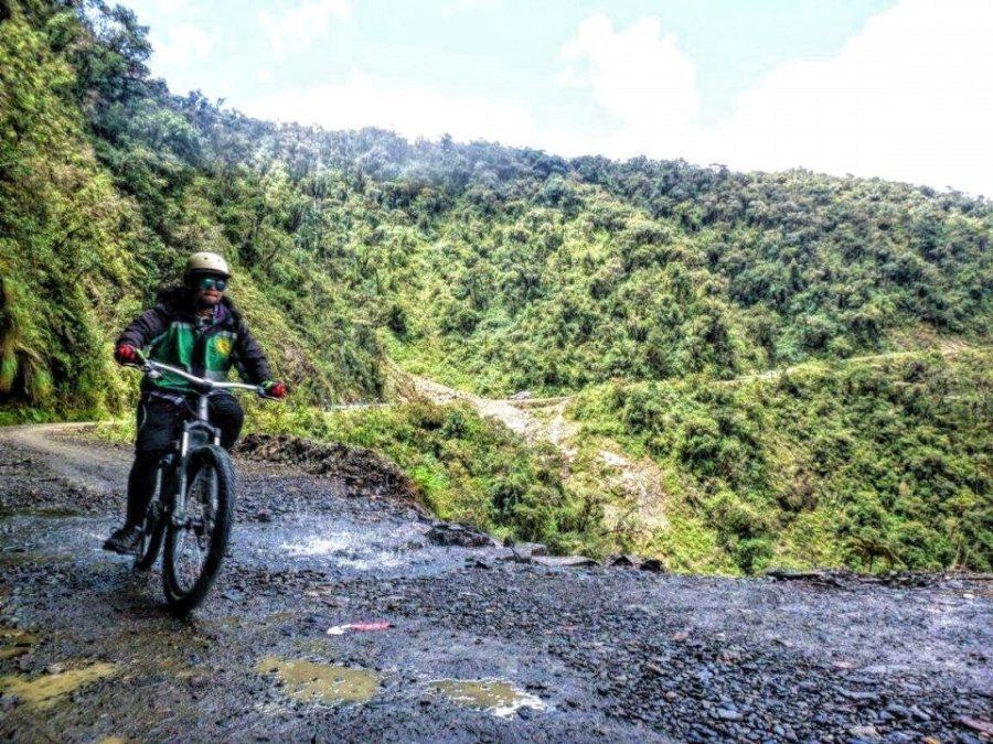 bolivia death road