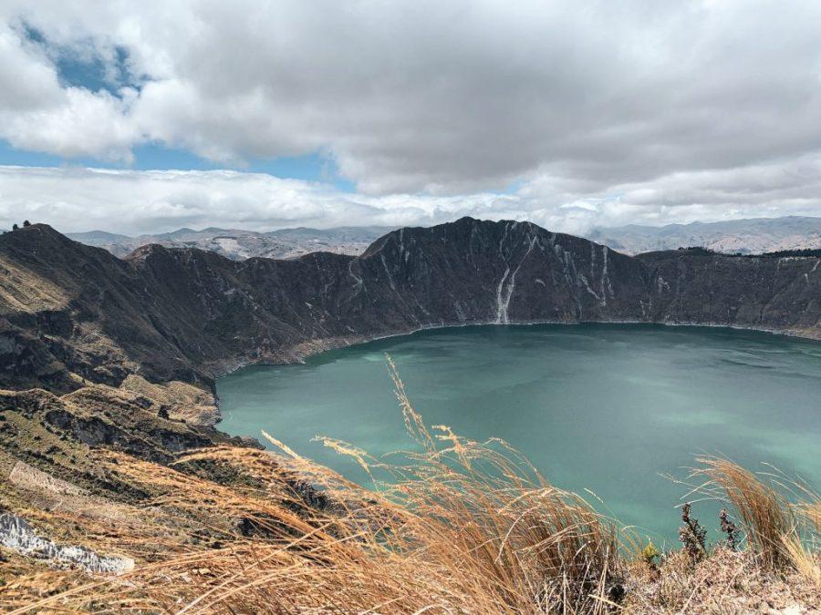 laguna del quilotoa hike ecuador