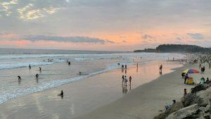 montanita ecuador beach sunset