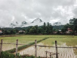 is vang vieng laos worth visiting