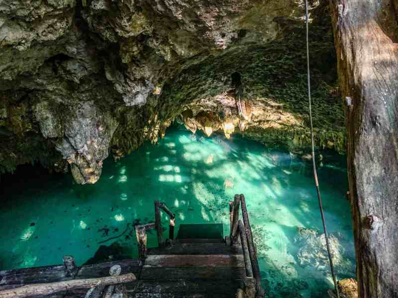 Cenote Sac Actun Entrance