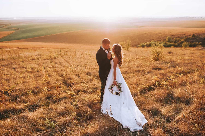 wedding gift for traveling couple