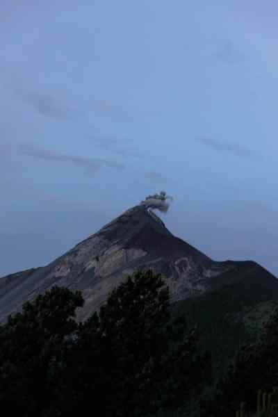 antigua guatemala volcano hike