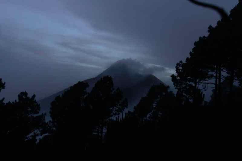 erupting volcano guatemala