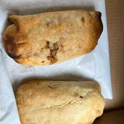 pasty, pasty review, pasties, pasty guy, pasty trail, seder's pizza, newberry, upper peninsula