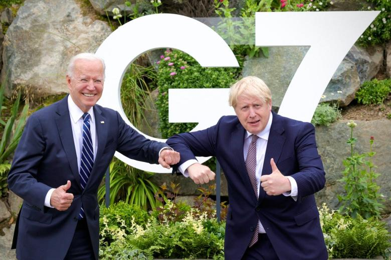 G 7 meeting between Johnson and Biden ( Photo credit: No 10 )